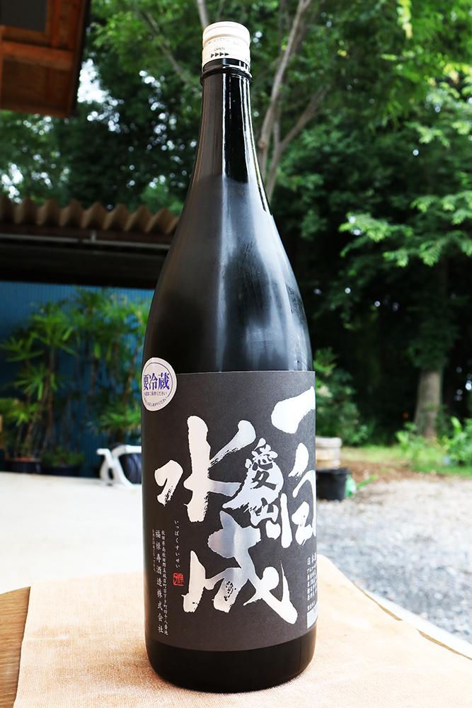 一白水成 純米吟醸 愛山 1.8L