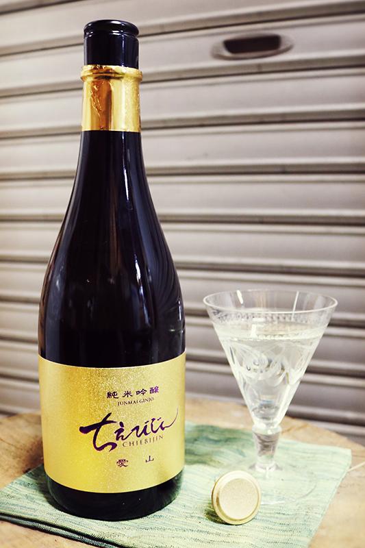 ちえびじん 純米吟醸 愛山 1.8L