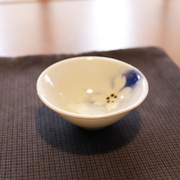 昭和レトロ 桜の花図 粋な盃【小】